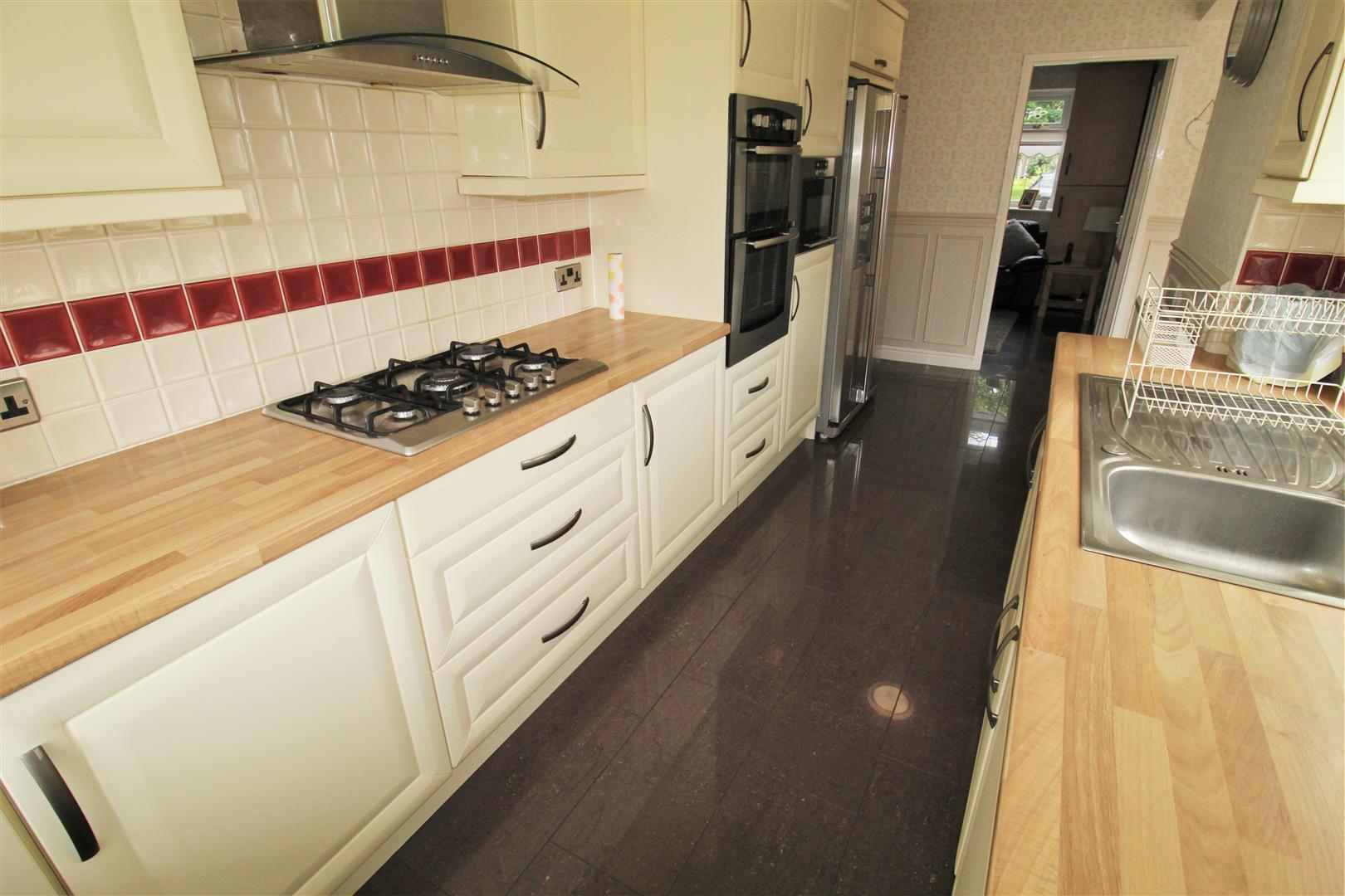 3 Bedrooms, House - Semi-Detached, Greenside Avenue, Aintree, Liverpool